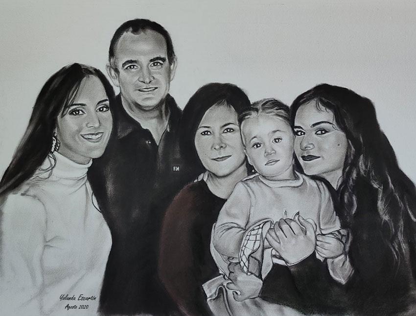 Familia pintada a carboncillo