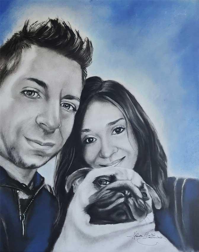 retrato pintado a mano en carboncillo y lápiz con fondo azul