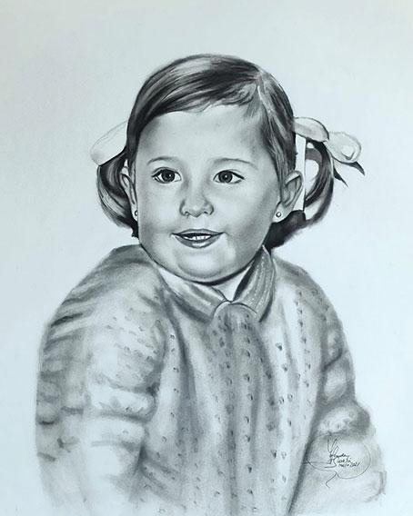 Retrato a carboncillo de niña foto antigua